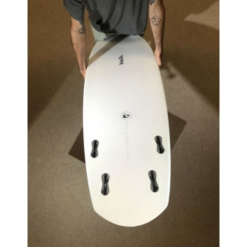 "MCTAVISH BUTTERBALL BY ROB MCTAVISH 5'7"" FCS 4 FIN"